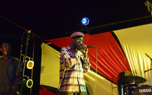 aerosol treated audience to some beat boxing at the Shoko Hip Hop concert
