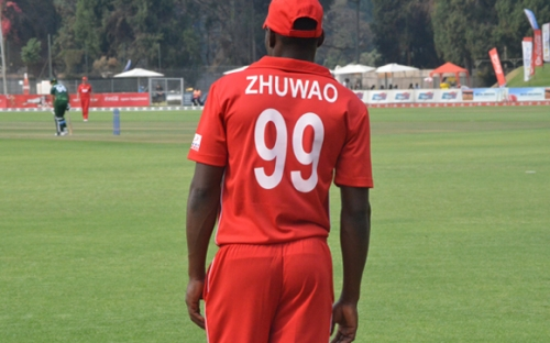 If Mpofu had Zhuwao's bulk he would have been a scary presence bowling at you.