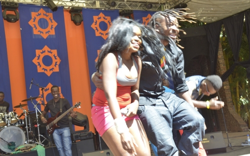 Roki and Mampi take a bow for the audience at HIFA