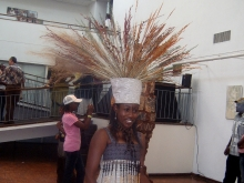 A model with an exquisite head dress