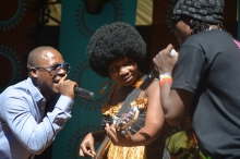 Edith We Utonga with Stunner and Ba Shupi on stage