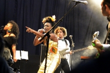 Shingai Shoniwa sings her heart out
